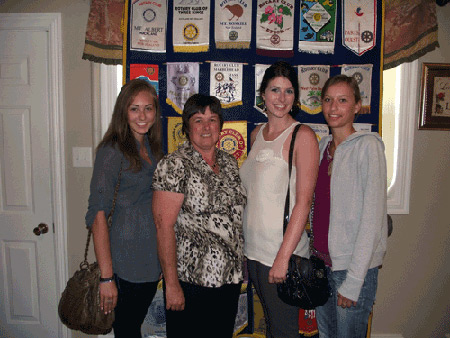 Julianna Hache, Rotarian Dawn Waye, Emma Boulay and Ivanne Joly of France